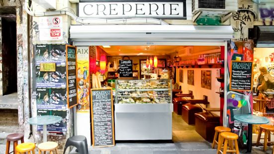 AIX Cafe Creperie Salon