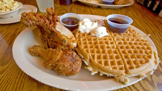 Roscoe's House of Chicken & Waffles (好萊塢店)