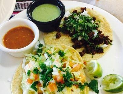 Chile Caliente Tacos y Mariscos