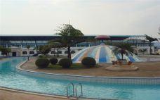 龙园温水游泳馆-个旧-一个大橙子