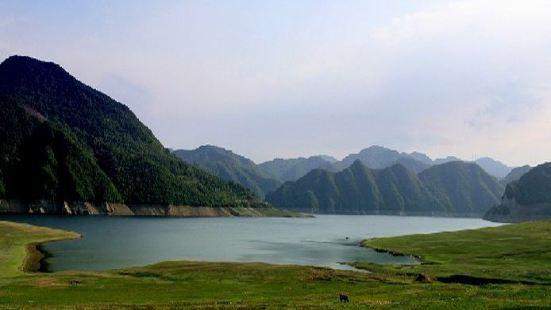 Longshan Lake
