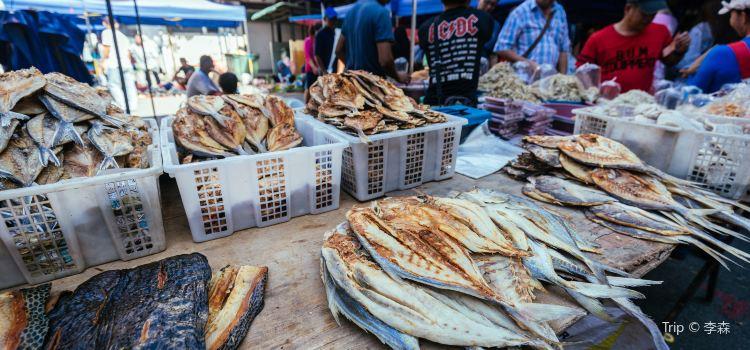 Sunday Market1