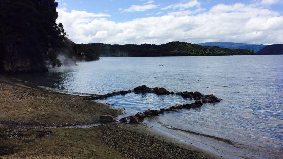 塔拉韋拉熱水灘