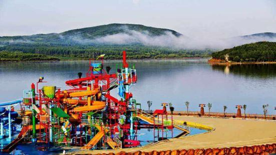 月亮島俄羅斯風情水上樂園