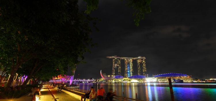 Waterfront Promenade1