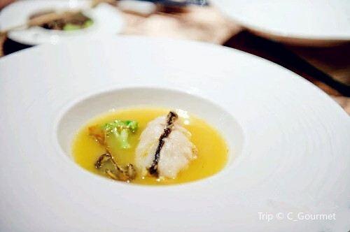 Xiao Guang Han · Movie Yi Shu Restaurant( Jing San Road )1