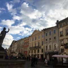 Rynok Square User Photo