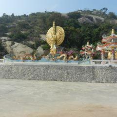 Wat Khao Takiap User Photo