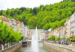 提起捷克只知道布拉格?這3個隱藏在西部地區的溫泉小鎮才是真的美!