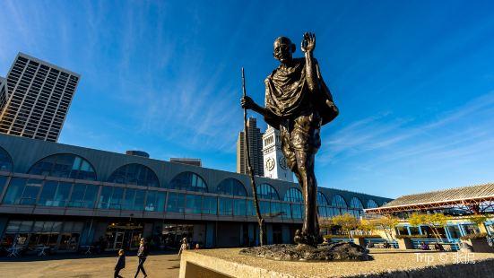 Statue of Mohandas Gandhi