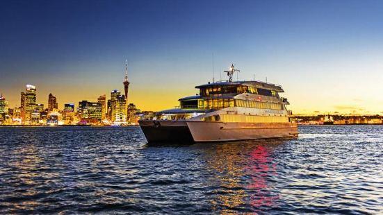 Overnight Cruise