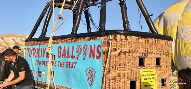 Turkiye Balloons3