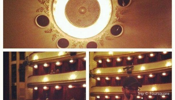 Burgtheater3