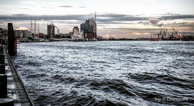Hamam Hafen Hamburg1