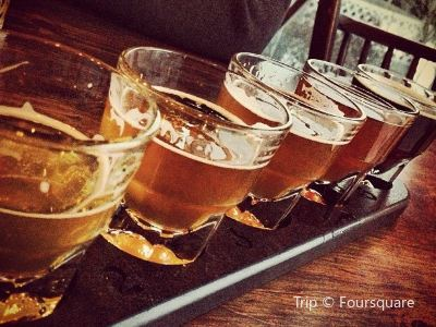 Flying Goose Brew Pub and Grille