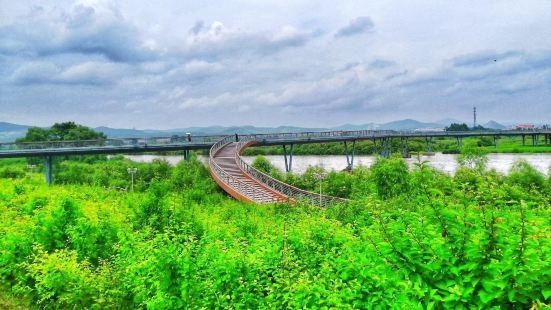 穆棱河公園