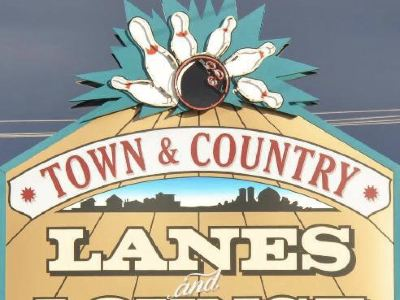 AMF Town & Country Lanes