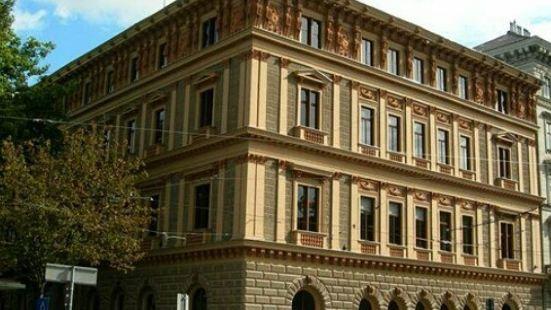 愛潑斯坦宮