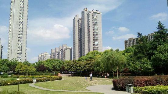 Jingnan Park (North Gate)
