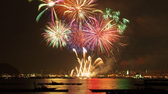 Hiroshima Port Dream Fireworks Festival