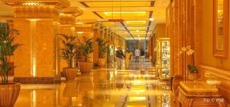 Emirates Palace Abu Dhabi3