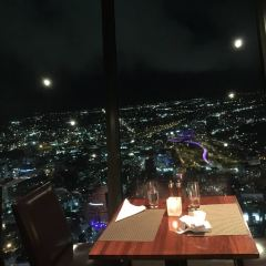 Orbit 360° Dining User Photo