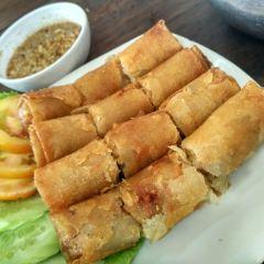 Ly Ly Restaurant User Photo