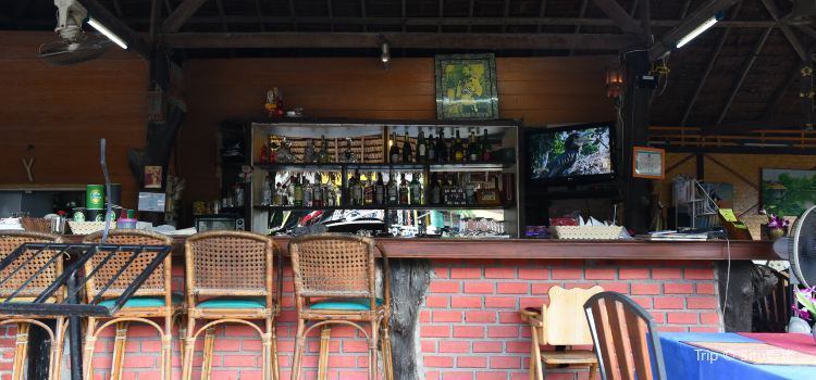 Mother House Bar and Restaurant1