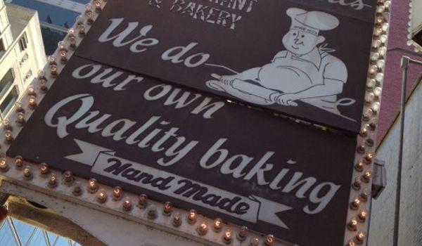Lou Mitchell's Restaurant & Bakery3