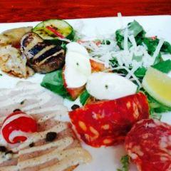 Italy Today Restaurant User Photo