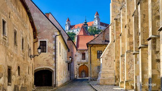 布拉迪斯拉發舊城區