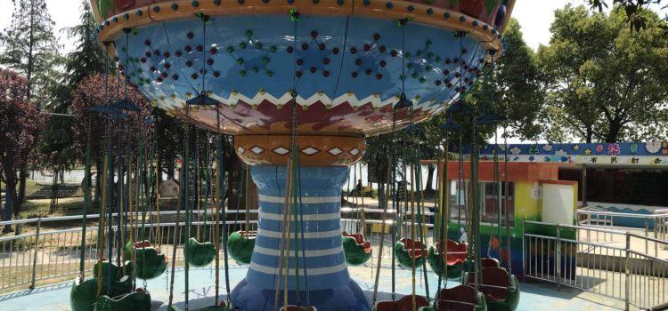 Yangcheng Lake Water Park Playground1