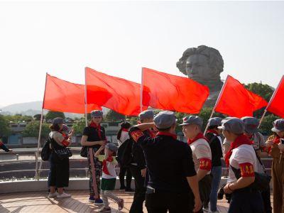 橘子洲湘江遊船紅色航班