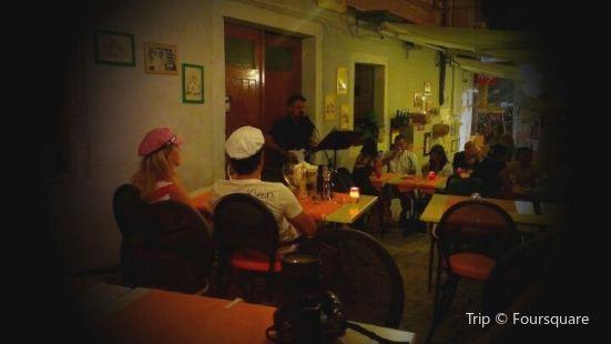 Taverna De Amicis