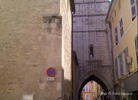 阿普特主教座堂3