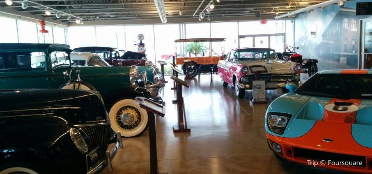 Dahl Ford La Crosse >> Dahl Auto Museum Travel Guidebook Must Visit Attractions In