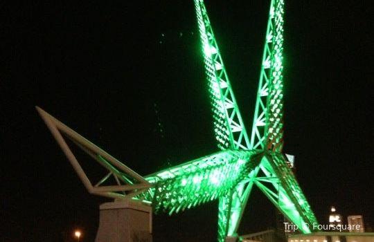Skydance Pedestrian Bridge3