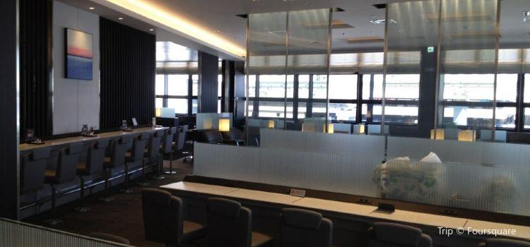 ANA Lounge1