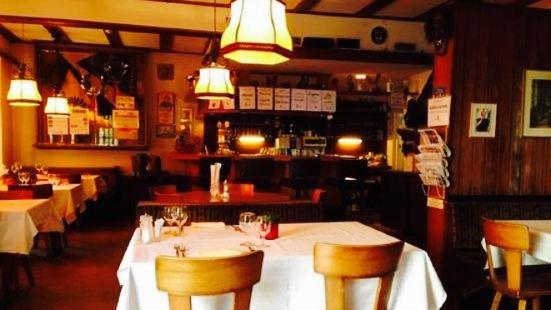 Adler Central Restaurant