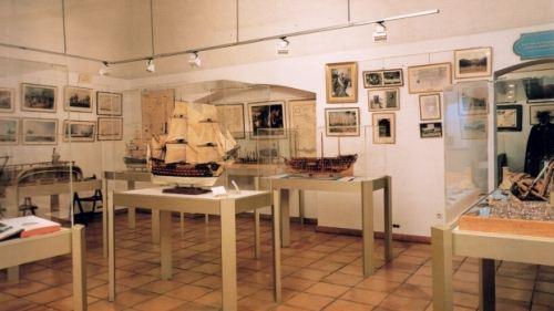 格拉斯海軍軍事博物館