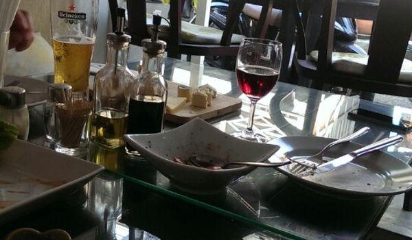 Cool Breeze Cafe Bar2