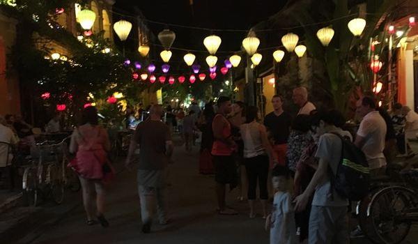 Lantern Town Restaurant
