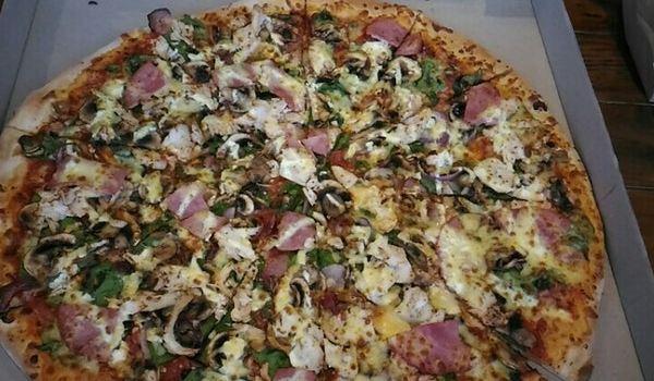 Fat Badger's Pizza1