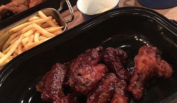 Restaurant Rebel Wings2