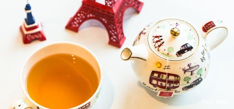 Cafe de Paris3