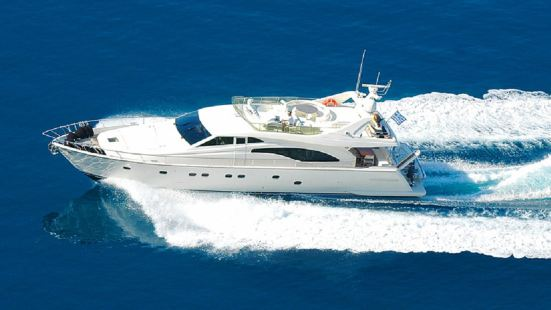Santorini Luxury Yacht Tour