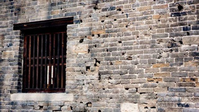 依據文獻記載、戰地記者照片、老者回憶,重建的古城究竟是什麼樣?