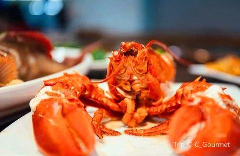 Hua Ting Sichuan Cuisine Seafood Restaurant