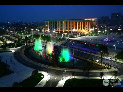 唐河縣和諧廣場