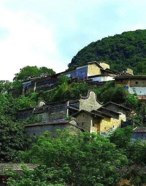 """何必去西藏!廣州附近就藏了一個""""小布達拉宮"""",景美如畫!1h可達!"""
